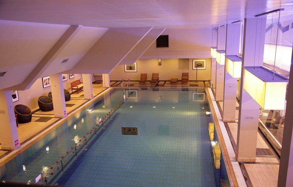 תמונה של אזור הבריכה במלון דניאל
